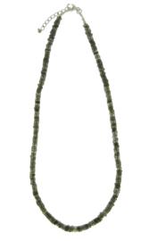 Zilveren collier met Labradoriet