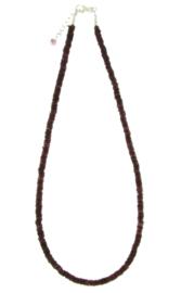 Zilveren collier met Granaat edelstenen