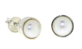 Zilveren oorknopjes met Parels