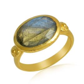 Geel goud vergulde zilveren ring met Labradoriet edelsteen