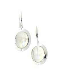 Zilveren oorhangers met Regenboog Maansteen