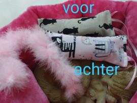 Dubelzijdig Snuffelzakje Duo kat met lintjes en staart (gevuld met catnip/valeriaan)