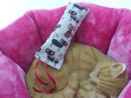 Snuffelzakje gym  Deftige kat met lintjes (gevuld met catnip én valeriaan)