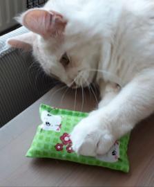 SPOEDBESTELLING Snuffelzakje Starterspakket Fleurtje  catnip, valeriaan en matatabi+ 1 cadeautje  (3 snuffelzakjes)