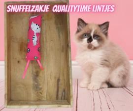Snuffelzakje gym Qualitytime met roze lintjes (gevuld met catnip én  valeriaan)
