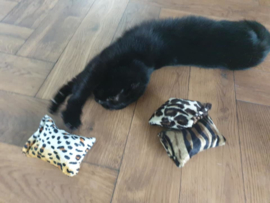 Snuffelzakje tijger, luipaard en jaquar print  (gevuld met matatabi) 3 snuffelzakjes