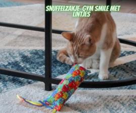 Snuffelzakje gym Smile met meerdere kleuren  lintjes (gevuld met catnip én valeriaan)