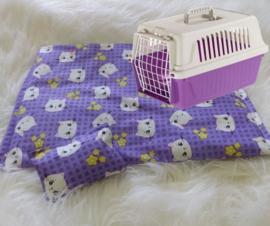 kattenkleed+ bijpassend snuffelzakje Paarse Fleurtje