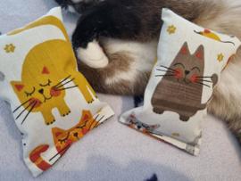 Snuffelzakje tevreden kat (gevuld catnip én valeriaan)+ gratis bijpassend muisje