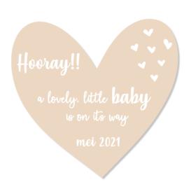 Zwangerschapsaankondiging | hooray | zand