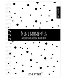 Mini momenten - opgroeiboek (1 t/m 4 jaar)