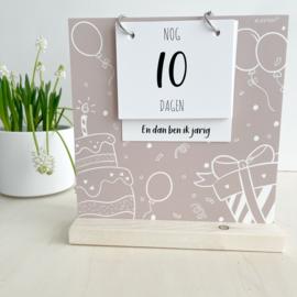 Aftelbord | aftelkalender | verjaardag & vakantie | ecru