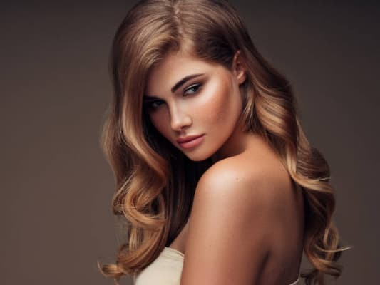 zijaanzicht schouderlange hairextensions
