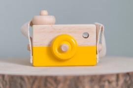 Houten camera oker geel