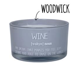 Sojakaars Wine met WoodWick lont