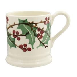 ½ pint mug winterberry