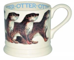 small mug otter