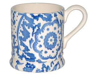 ½ pint mug blue wallpaper