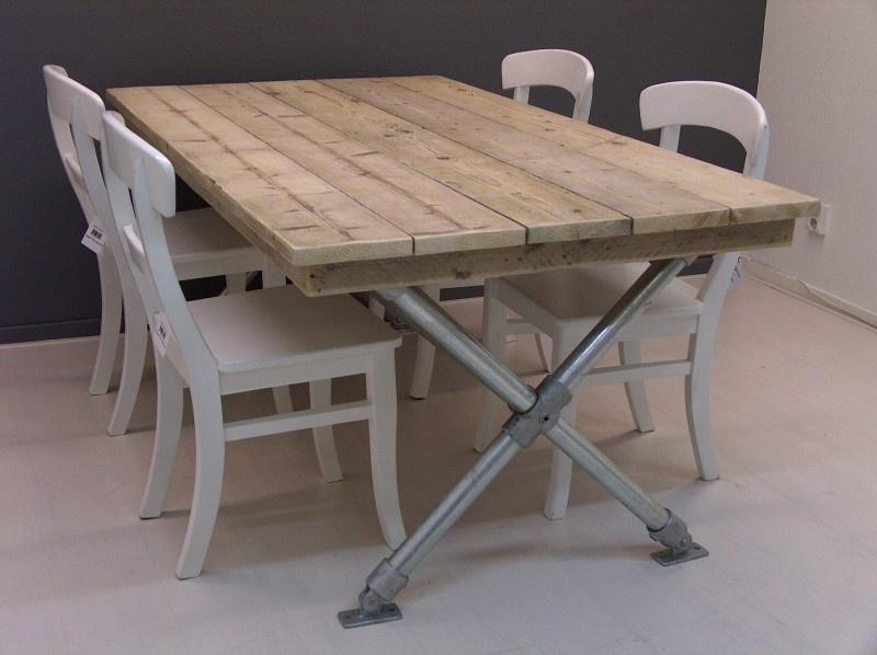 Steigerbuis meubels op maat