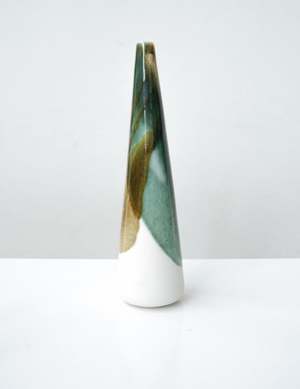 ALS GEGOTEN large vase, bronze+iron