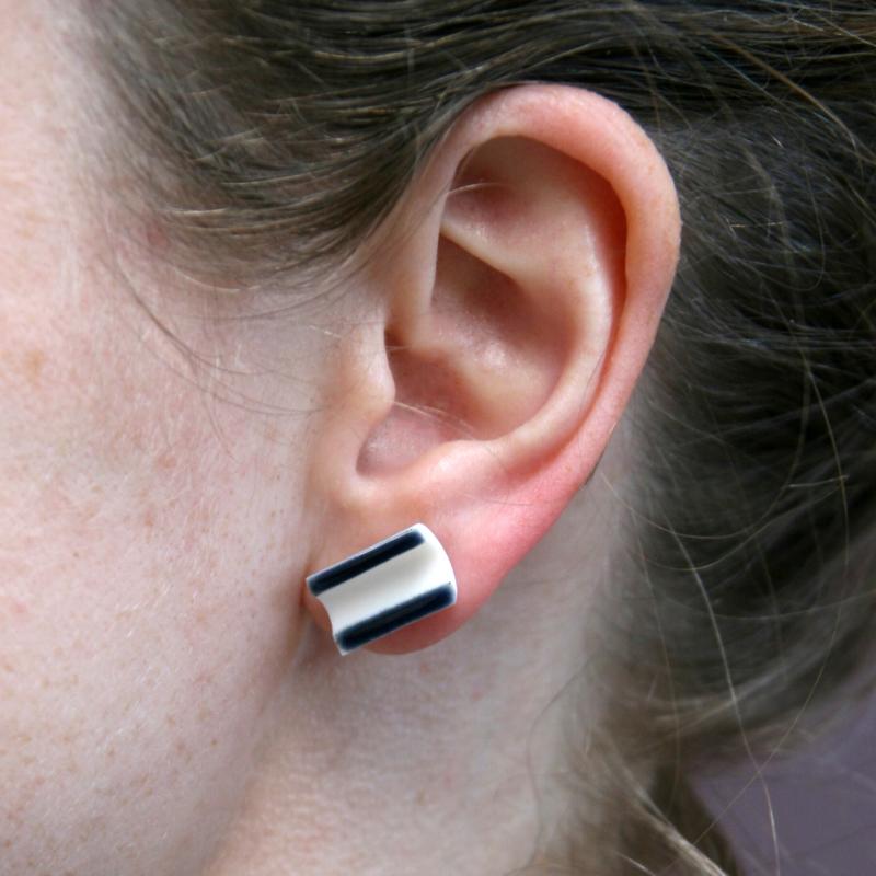 HALF TUBE earstuds