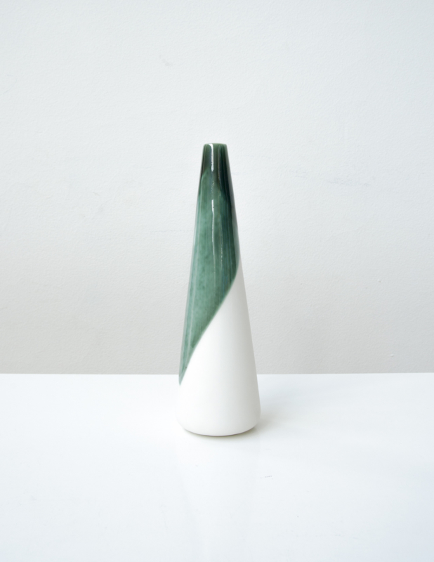 ALS GEGOTEN small vase, bronze green