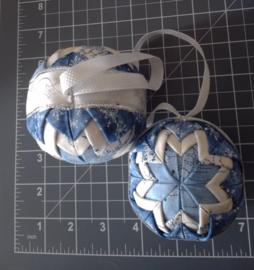 Kerstballen blauw met licht hart