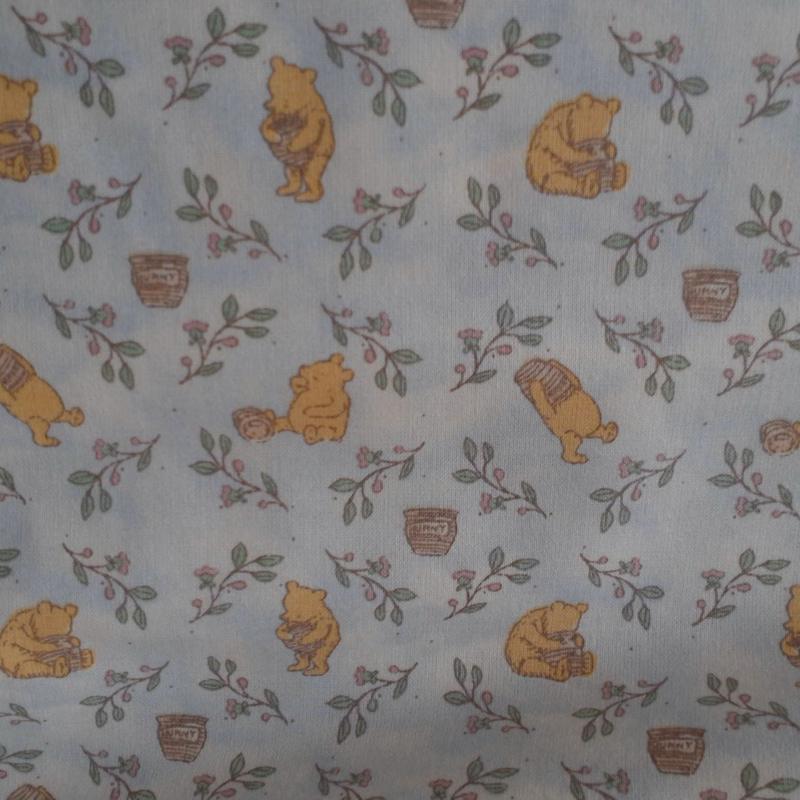 Pooh met honingpot