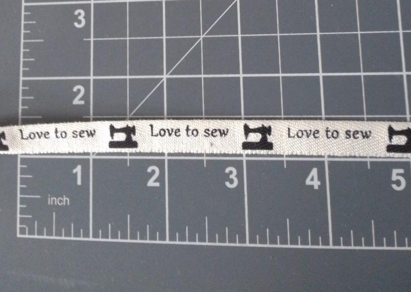 Love to sew wit/zwart