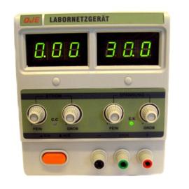 Regelbare voeding 0-30V,0-3A