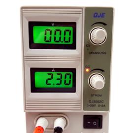 Regelbare voeding 0-20V, 0-2A