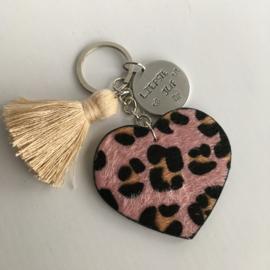 Sleutelhanger leopard hart roze