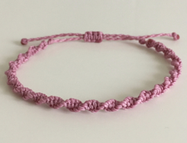Tie the knot pink