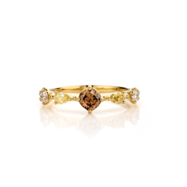 Rokoko Fancy Diamonds