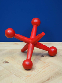 Decoratief rood object