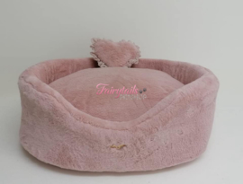 Eh gia Plush bed