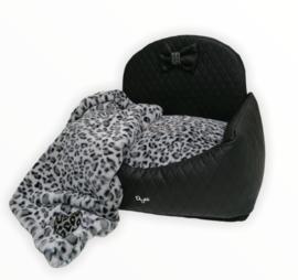 Eh gia car seat black Leopard Grey mt 1