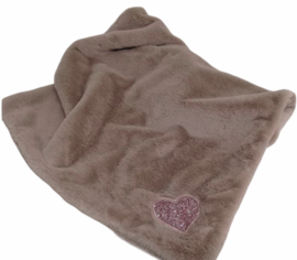 Eh Gia My Hearts blanket old Pink