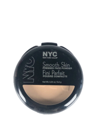 NYC Smooth Skin Puder 704 Warm Beige