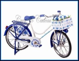 Delfts blauw fiets met Hollandse tulpen