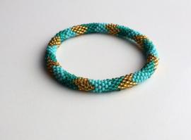 Glaskralen armband - groen, goud