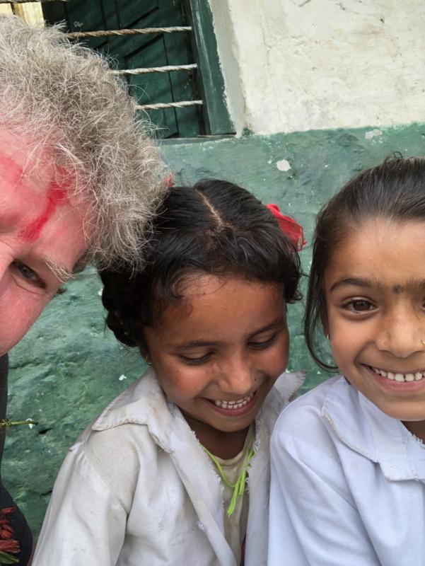 Donatie voor de Shree Kailash Tetsuo basisschool