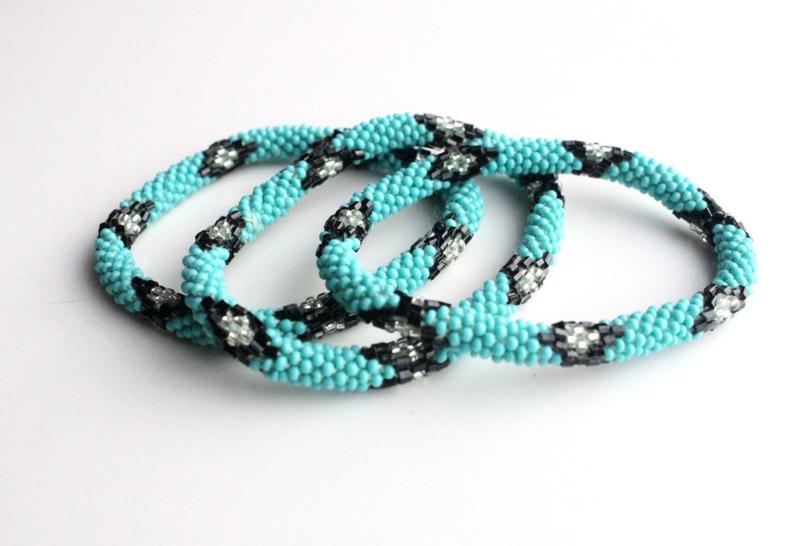 Glaskralen armband - groen, zwart