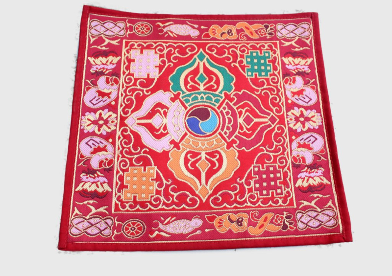 Dubbel Dorjee religieus altaarkleed uit brokaat