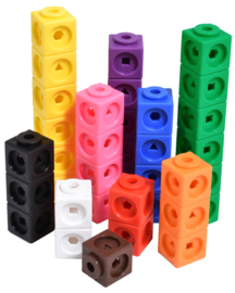 Geometric Linking cubes