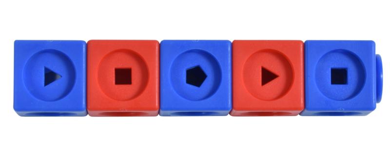 Geometric Linking cubes