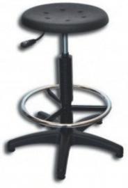 Werkplaatskruk zwart met polyurethaan zitting en voetensteun