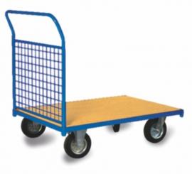 Platformwagen met kopschot van gaas en 400 kg laadvermogen.