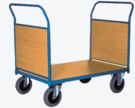 Plateauwagen met twee duwbeugels en kopschotten