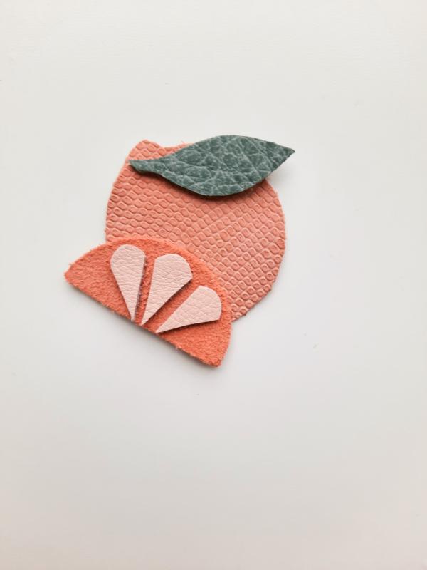 Orange clip